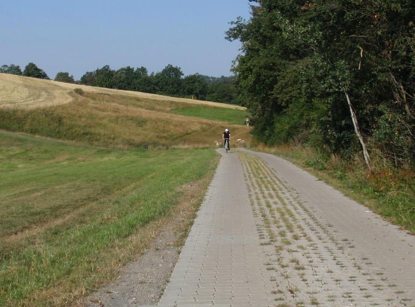 Der Kesselmühlenweg dient sowohl der landwirtschaftlichen Wertschöpfung als auch der touristischen Entwicklung an der Talsperre Zeulenroda