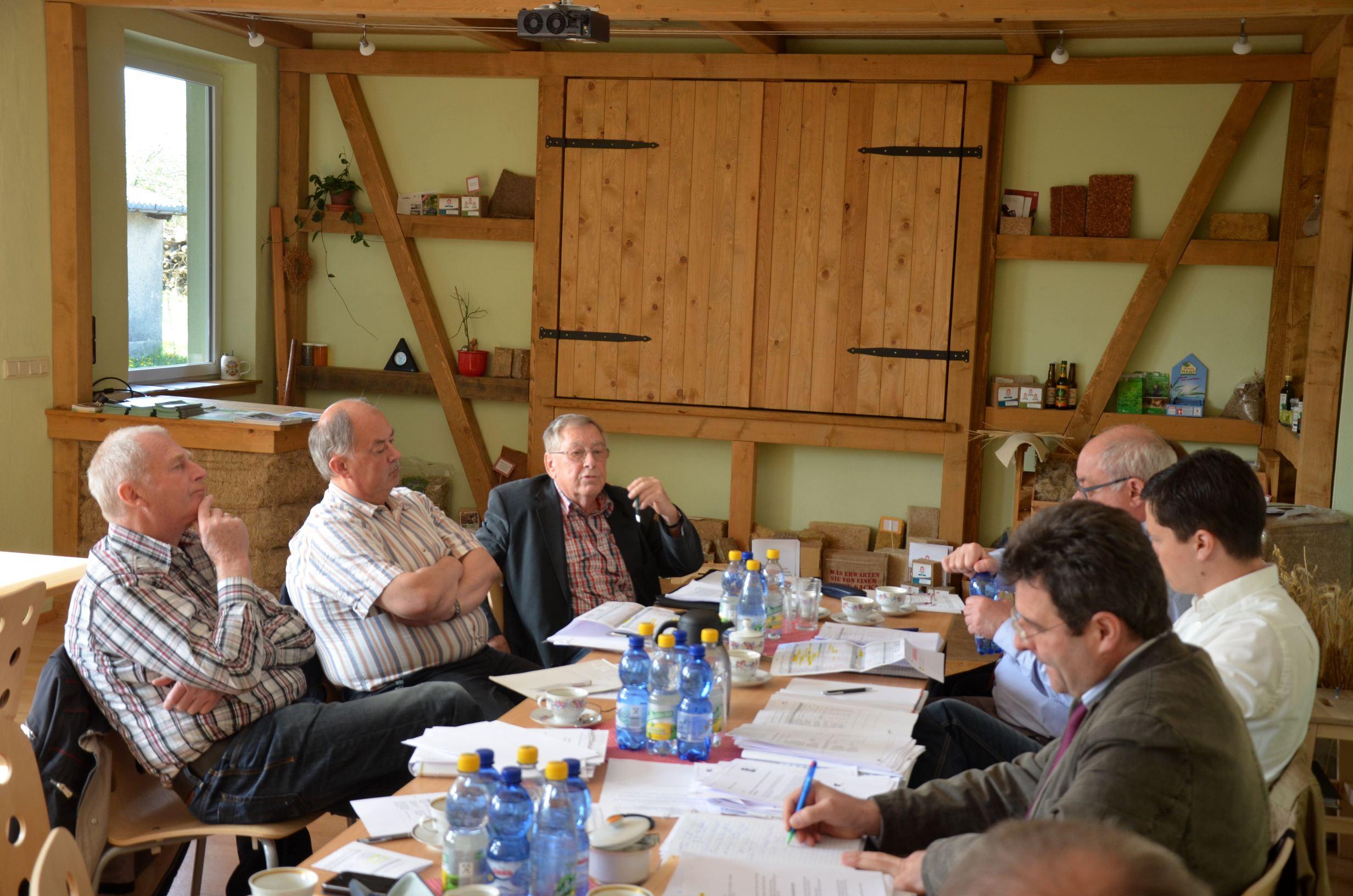 Arbeitsgruppensitzung am 08.05.2015 im Hanfpavillon in Läwitz